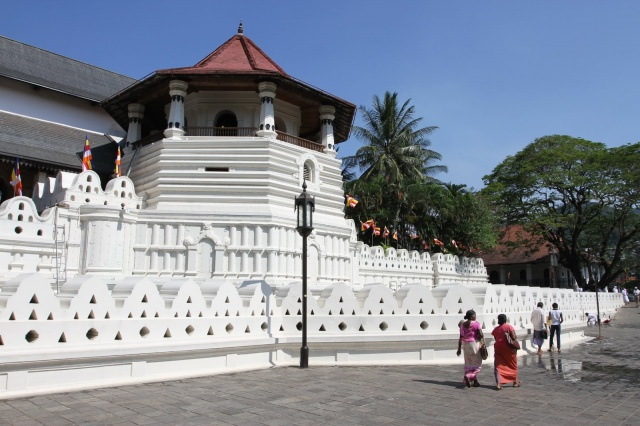 Sacred Tooth Relic Palace